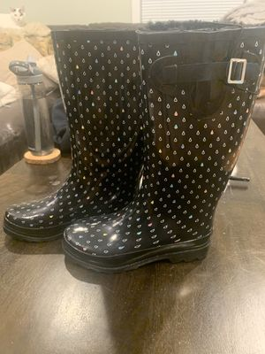 Rain Boots size 6 for Sale in Beverly, MA