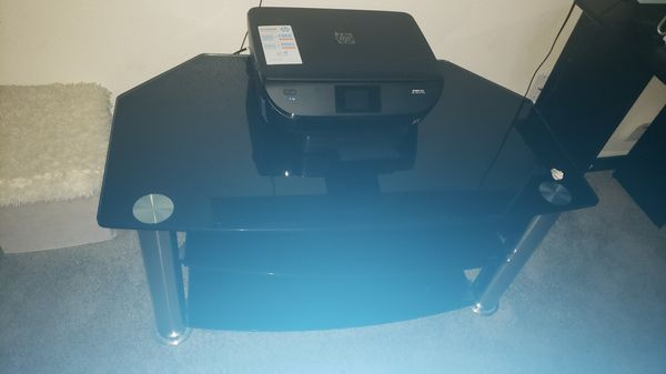 Table for tv 50 to 55 inches