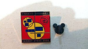 Disney Store Grand Opening '00 Pin for Sale in Henderson, NV