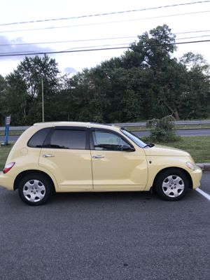 2007 Chrysler Pt Cruiser 130k 4cyl auto 4dr Mint condition new tires Breaks battery Drive her home 🏡 1950 for Sale in Berlin, CT
