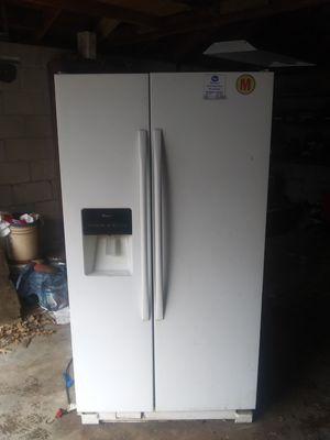 Side by side fridge for Sale in Memphis, TN