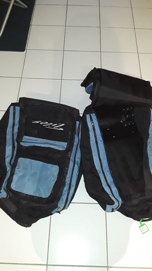 Travel bags with backpack staps for Sale in Hollywood, FL