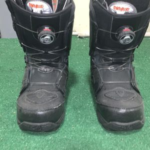 Snowboard Boots BOA Technology (Size 9) for Sale in Issaquah, WA