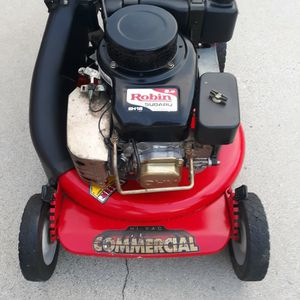 Snapper Commercial Hi-Vac Lawn Mower With Subaru Engine for Sale in Paramount, CA