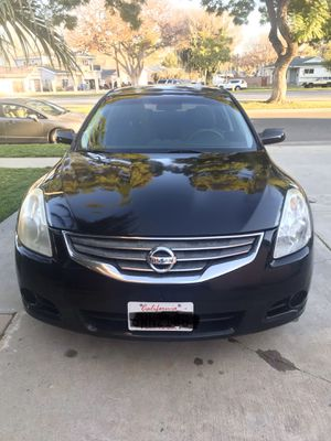 2010 Nissan Altima 2.5s for Sale in Lakewood, CA