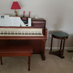 Upright Piano for Sale in Sterling Heights, MI