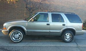 Chevy Blazer 2000 4x4 for Sale in Chicago, IL