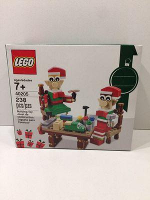 Santa's Elves Workshop Helpers LEGO 40205 for Sale in San Diego, CA