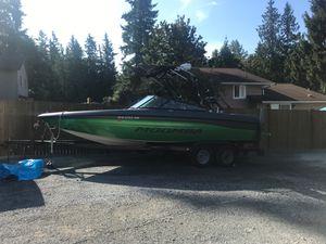 2000 Moomba Wakeboard-Ski Boat for Sale in Stanwood, WA