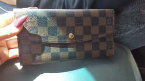 Louis vuitton wallet for Sale in Salinas, CA