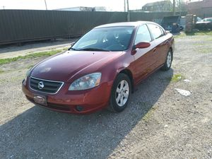 2003 Nissan Altima red sunroof leather seats heated seats for Sale in St. Louis, MO