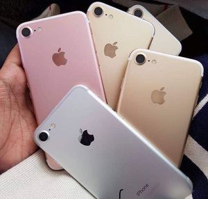 iPhone 7 32 GB Factory unlock the 30 day warranty for Sale in Tampa, FL