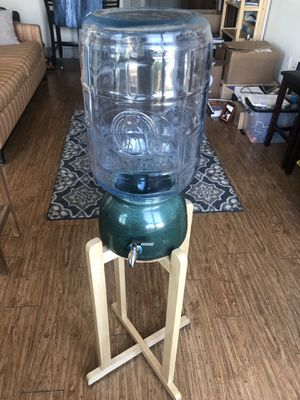 "ANTIQUE Crisa ""Great Bear"" 5 Gal water bottle w/dispenser, stand—PRICE REDUCED! for Sale in Austin, TX"