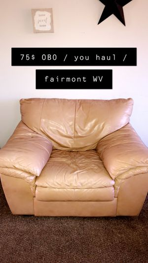 Big Comfy Chair for Sale in Fairmont, WV