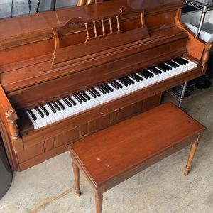 Lowrey Upright Piano with Bench for Sale in Snellville, GA
