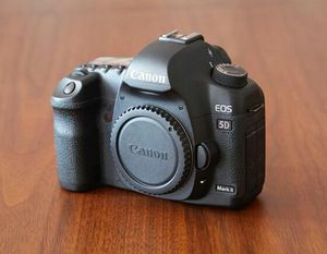 Canon 5D II camera + lenses for Sale in Las Vegas, NV