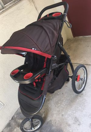Graco jogger for Sale in Lynwood, CA