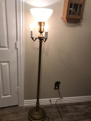 Working Candelabra Floor Lamp Antique Vintage for Sale in Allen, TX