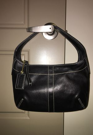 Coach small black leather purse with white stitching for Sale in Nashville, TN