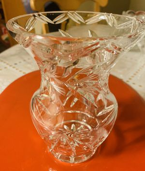Beautiful Crystal Vase for Sale in Fresno, CA