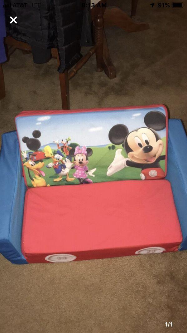 Mickey chair