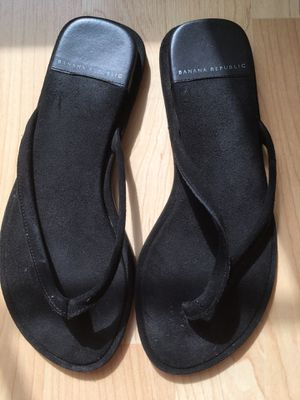706bd442ce3a Banana Republic flip flops for Sale in Virginia Beach