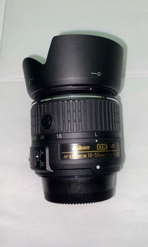 Nikon 18-55 mm lense with filter for Sale in Santa Ana, CA