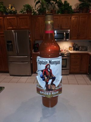 CAPTAIN MORGAN PLASTIC DISPLAY BOTTLE 34 INCHES TALL for Sale in Naperville, IL