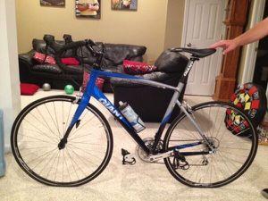 Giant Defy- Road Bike men's for Sale in Hollywood, FL
