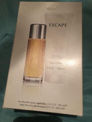 Perfume y crema Escape Calvin Klein. 3.4 for Sale in Colton, CA
