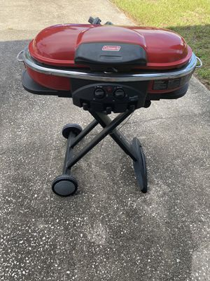 Coleman Camping/Tailgating Portable Gas Grill for Sale in Belleair, FL