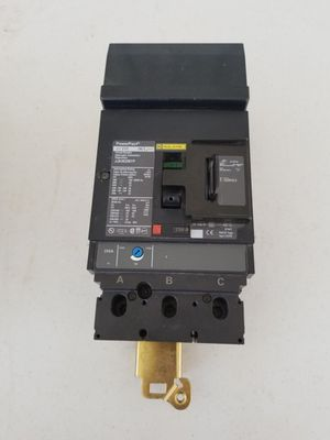 Square D Power Pact 250amp 3 pole Circuit Breaker w/ lock for Sale in South Gate, CA