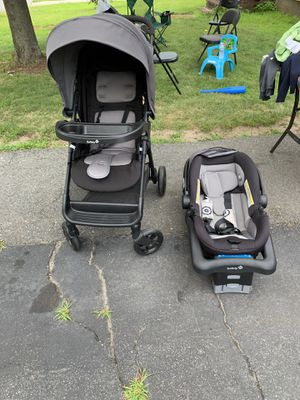 Safety 1st infant car seat with stroller set for Sale in Lawrence, MA