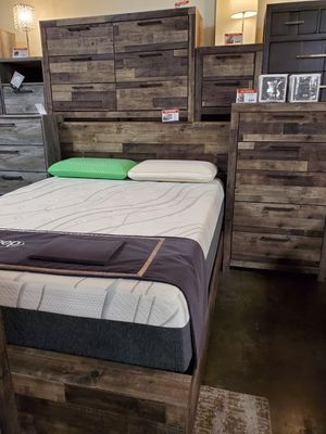 Multi Gray Queen Bed Frame for Sale in Garden Grove, CA