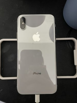 iPhone X 64gb - Unlocked Any Carrier No Sim Restriction for Sale in Burien, WA