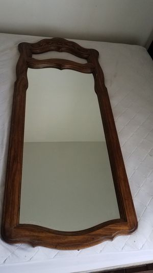 Wall or dresser mirror for Sale in West Puente Valley, CA