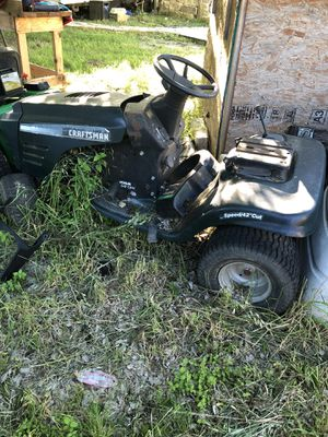 Riding lawnmower for Sale in Lockhart, TX