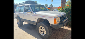 Lifted jeep cherokee xj 4x4 for Sale in Mesa, AZ