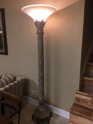 Floor Lamp with dimmer for Sale in Goodlettsville, TN