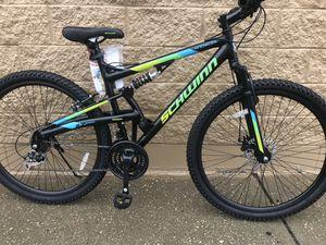 Schwinn mountain bike size wheel 29 for Sale in Westbury, NY