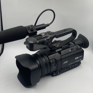 JVC GY-HM170U 4KCAM Compact Professional 4K Camcorder w/ Battery for Sale in Lynnwood, WA