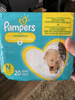 Pampers swaddlers healthcare newborn diapers 20 count for Sale in La Mesa, CA