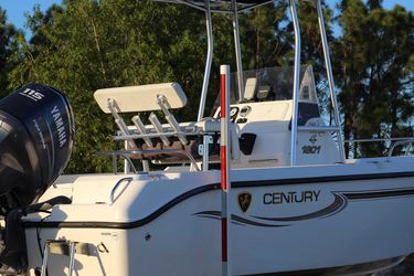 Clean 2005 Century Center Console Boat Low Hours! for Sale in Fort Myers,  FL