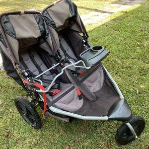 BOB Twin Jogging Stroller for Sale in St. Petersburg, FL