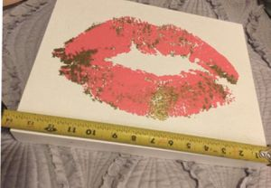 Wall art lips 👄 for Sale in West Covina, CA