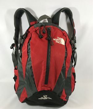 The North Face Flight Series 30L Rucksack Backpack w/Rain Cover for Sale in Fresno, CA