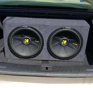 Kicker Comp C boxed 15s 600RMS each🔊 for Sale in Huntington Park, CA