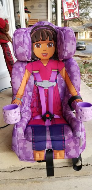Kids Embrace Dora Explora Car seat for Sale in Beltsville, MD