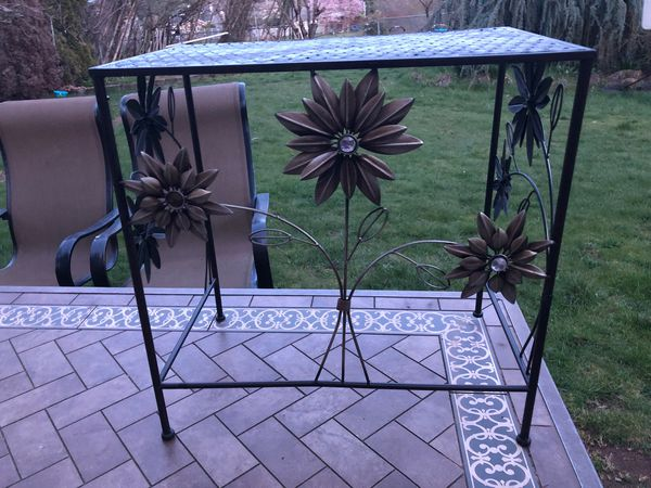 Small iron table.