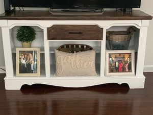 Tv stand/ console table for Sale in Spring Hill, TN